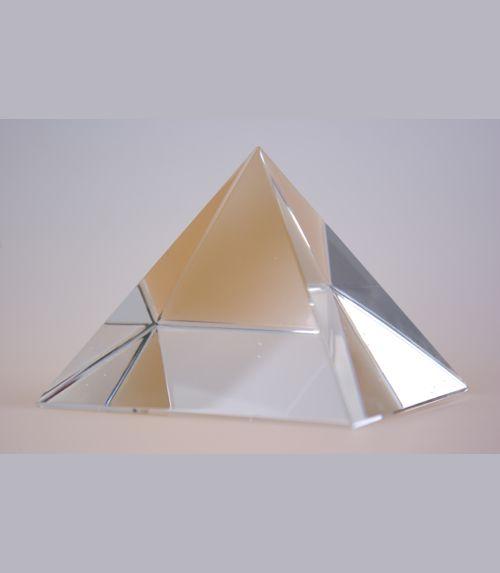 Pyramide de cristal base 80 mm